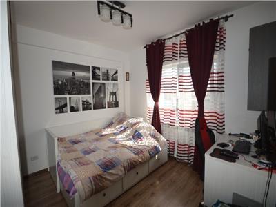 Vanzare apartament cu 3 camere de 70mp in zona Tineretului