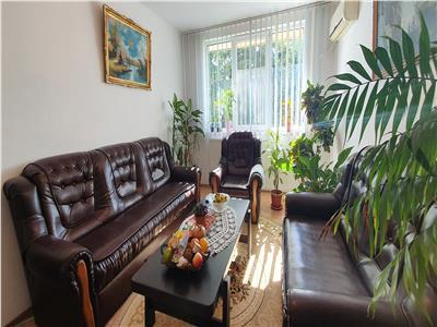 Vanzare Apartament cu 3 camere in Dr Taberei la Valea Argesului