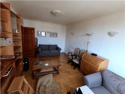 Vanzare apartament cu 3 camere, zona metrou tineretului