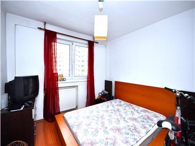 Vanzare apartament cu 4 camere mega mall