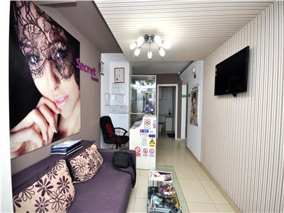 Vanzare apartament cu 4 camere - pretabil cabinet stomatologic