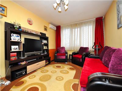 Vanzare apartament cu 4 camere zona berceni - almasul mare