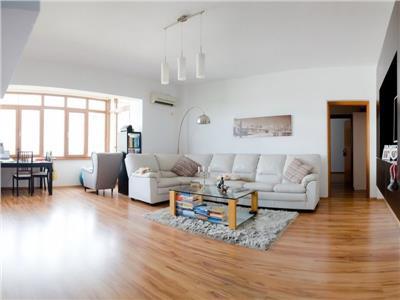 Vanzare apartament de lux cu 2 camere, zona tineretului