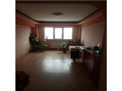 Vanzare apartament 4 camere ghencea