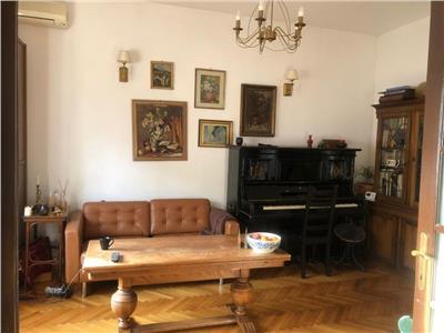Vanzare apartament in cladire interbelica , zona armeneasca