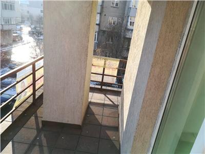 Vanzare apartament in targoviste micro 3, bloc nou, zona cec