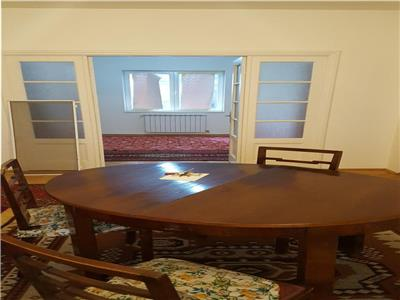 Vanzare apartament in  vila  , Ferdinand- Gara de Est.