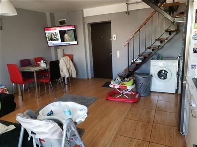 Vanzare apartament ridicat pe 2 nivele, zona vitan