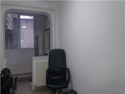 Vanzare apartament / spatiu comercial targoviste
