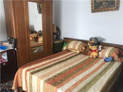 Vanzare casa 3 camere, in Ploiesti, zona Centrala