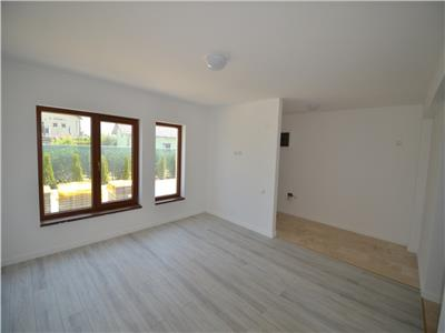 Vanzare casa 4 camere, constructie noua, in Bucov, cartier Mica Roma