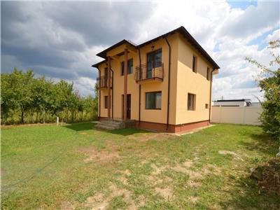 Vanzare casa 4 camere, constructie noua, in Bucov, Mica Roma