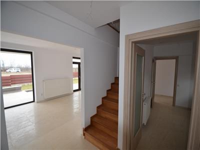 Vanzare casa 4 camere, constructie noua, in Ploiesti, zona Albert.