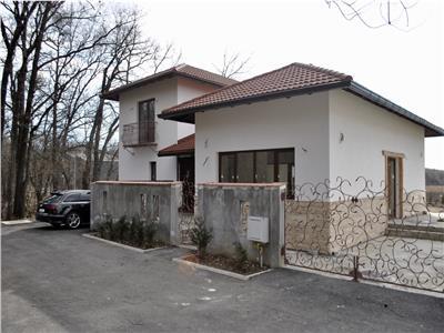 Vanzare casa 4 camere, de lux, Paulesti, zona de vile nou construite