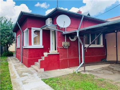 Vanzare casa 4 camere, in Ploiesti, zona Mihai Bravu
