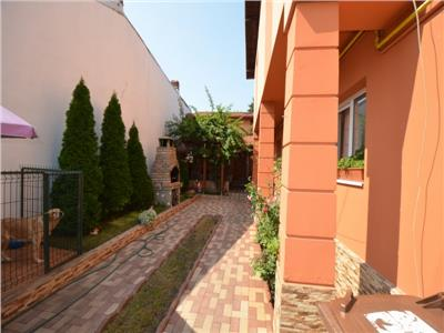 Vanzare casa 6 camere, In Ploiesti, zona Centrala