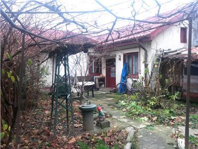Vanzare casa cu teren 220 mp zona militari uverturii Bucuresti