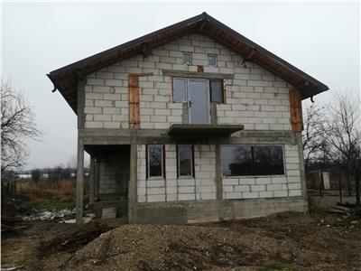Vanzare Casa Priseaca