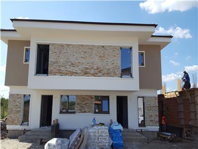 Vanzare casa tip Duplex in zona Maracineni