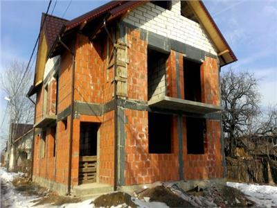 Vanzare casa tip duplex Valea Voievozilor