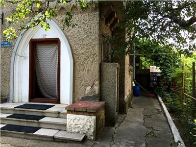 Vanzare casa traditionala S+P+1 - Targoviste