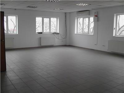 Vanzare cladire birouri
