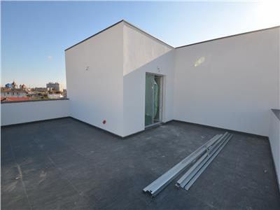 Vanzare penthouse 3 camere, in Ploiesti, zona Cantacuzino