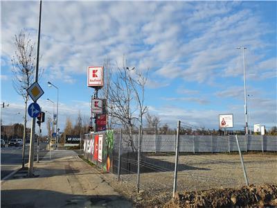 Vanzare teren stradal sisesti kufland, ideal activitate comerciala