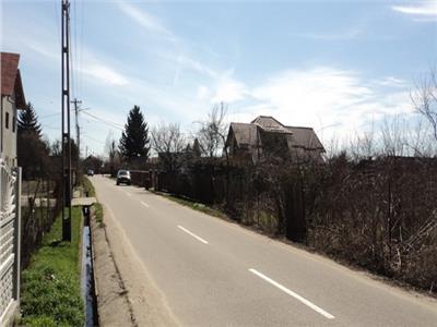 Vanzare teren construiibil in Valea Voievozilor la 1 km de Targoviste