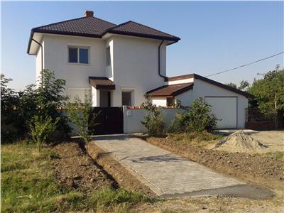 Vanzare vila 4  camere in zona de Nord a Capitalei sat Nucii.