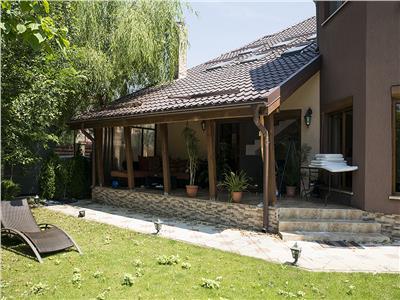 Vanzare vila 5 camere Corbeanca Petresti