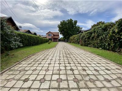 Vanzare vila 5 camere, in Baicoi, cu teren si livada de 2300 mp