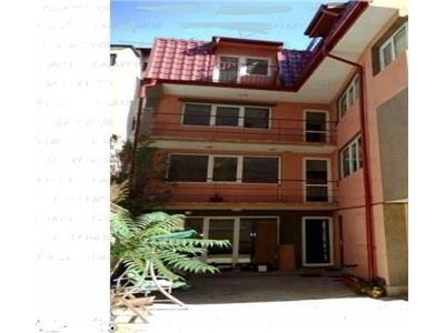 Vila 9 camere pentru birouri sau sediu firma, zona polona/romana.