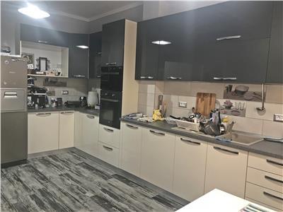 Vila individuala cu 4 camere de vanzare in Dragomiresti Deal