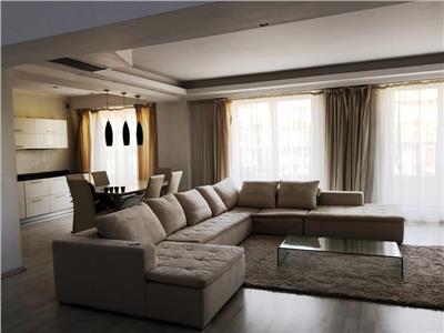 Virgil Madgearu-Persepolis, duplex-penthouse