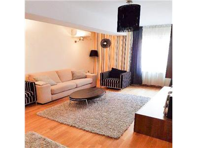 Vanzare apartament 2 camere mobilat, utilat, loc parcare Vitan Mall
